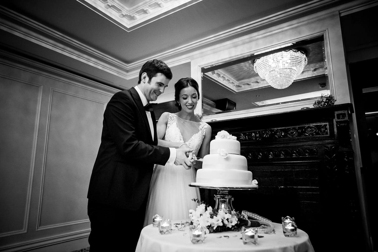 GARETH MCGAUGHEY PHOTOGRAPHY - BELLINGHAM CASTLE WEDDING 00099