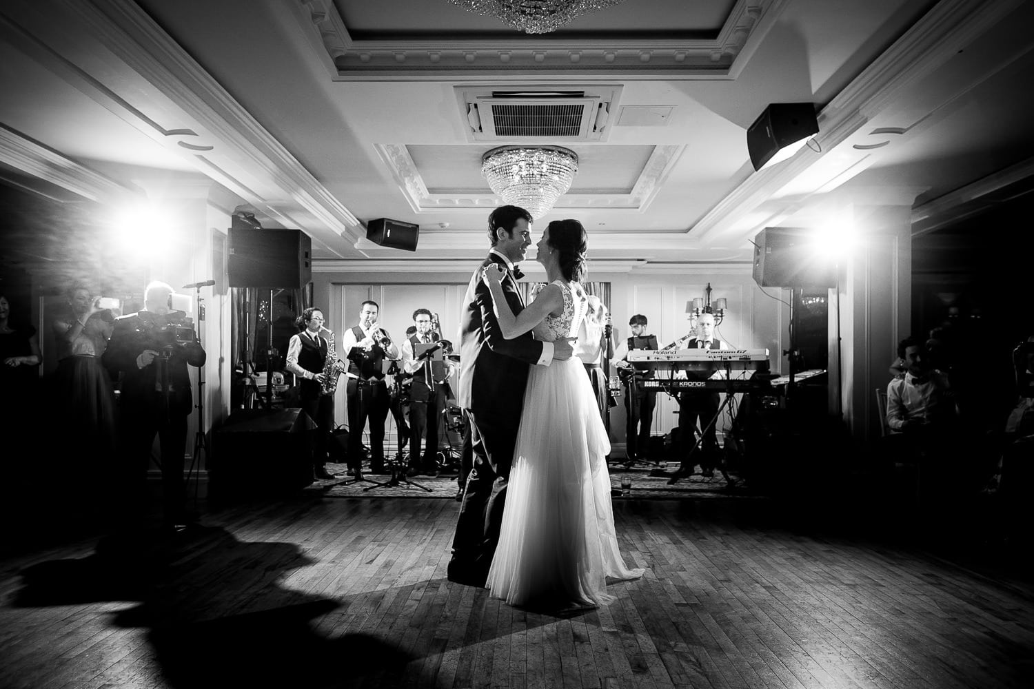 GARETH MCGAUGHEY PHOTOGRAPHY - BELLINGHAM CASTLE WEDDING 00101