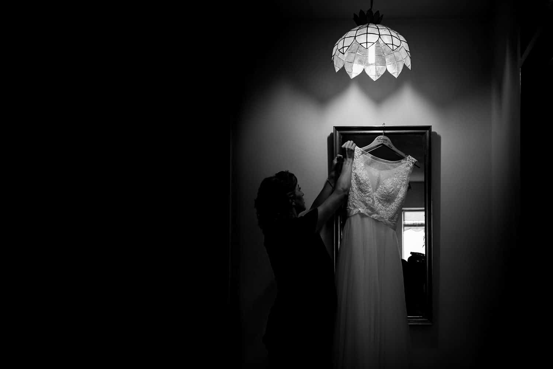 GARETH MCGAUGHEY PHOTOGRAPHY - BELLINGHAM CASTLE WEDDING   00004