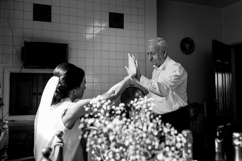 GARETH MCGAUGHEY PHOTOGRAPHY - BELLINGHAM CASTLE WEDDING 00015