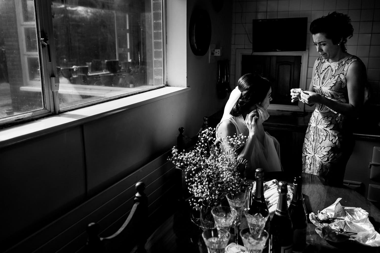 GARETH MCGAUGHEY PHOTOGRAPHY - BELLINGHAM CASTLE WEDDING 00016