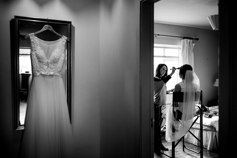 GARETH MCGAUGHEY PHOTOGRAPHY - BELLINGHAM CASTLE WEDDING 00025