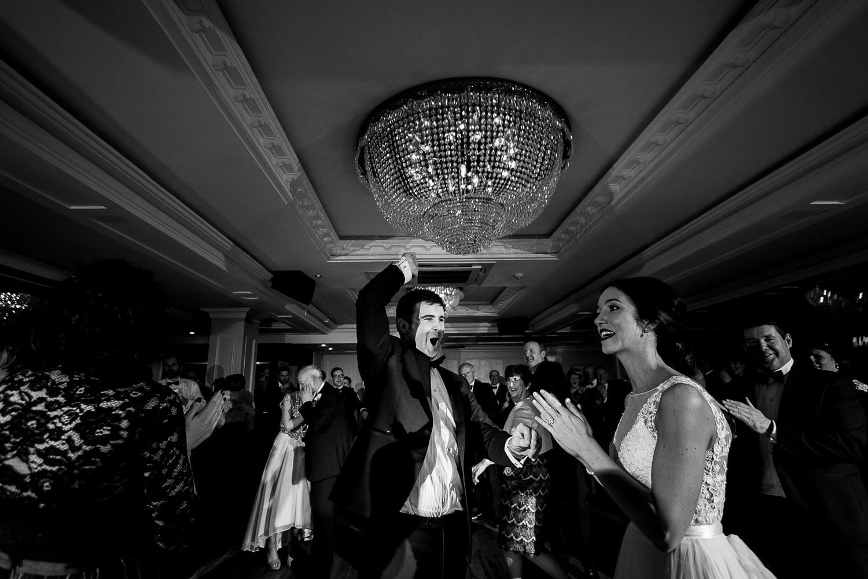 GARETH MCGAUGHEY PHOTOGRAPHY - BELLINGHAM CASTLE WEDDING 00104