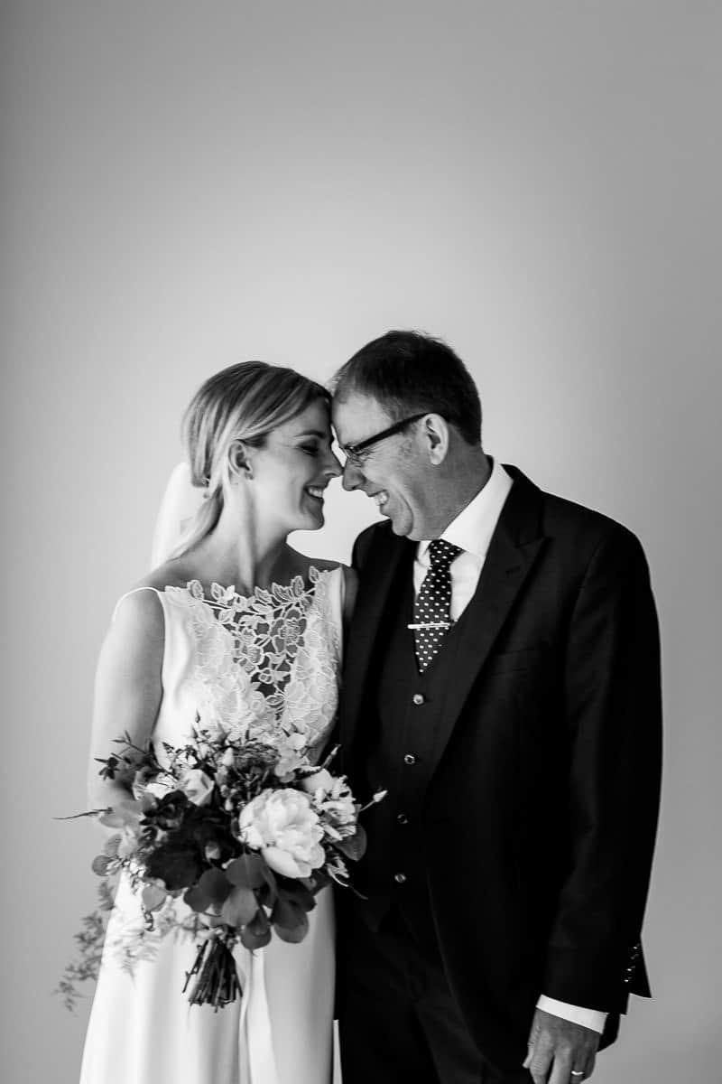 SARAH & STEPHEN'S MILLHOUSE WEDDING 00017