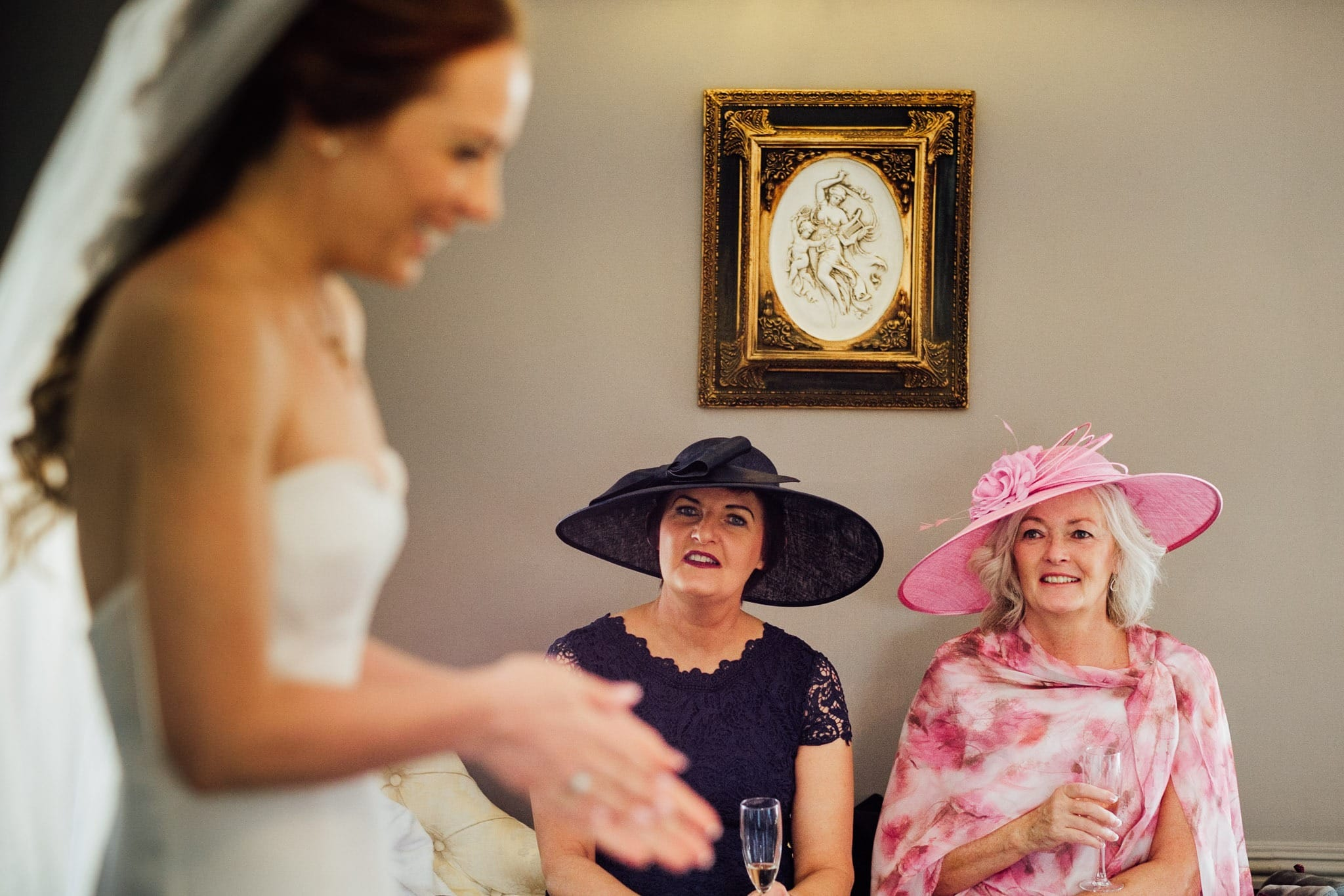 bride talking with her mother