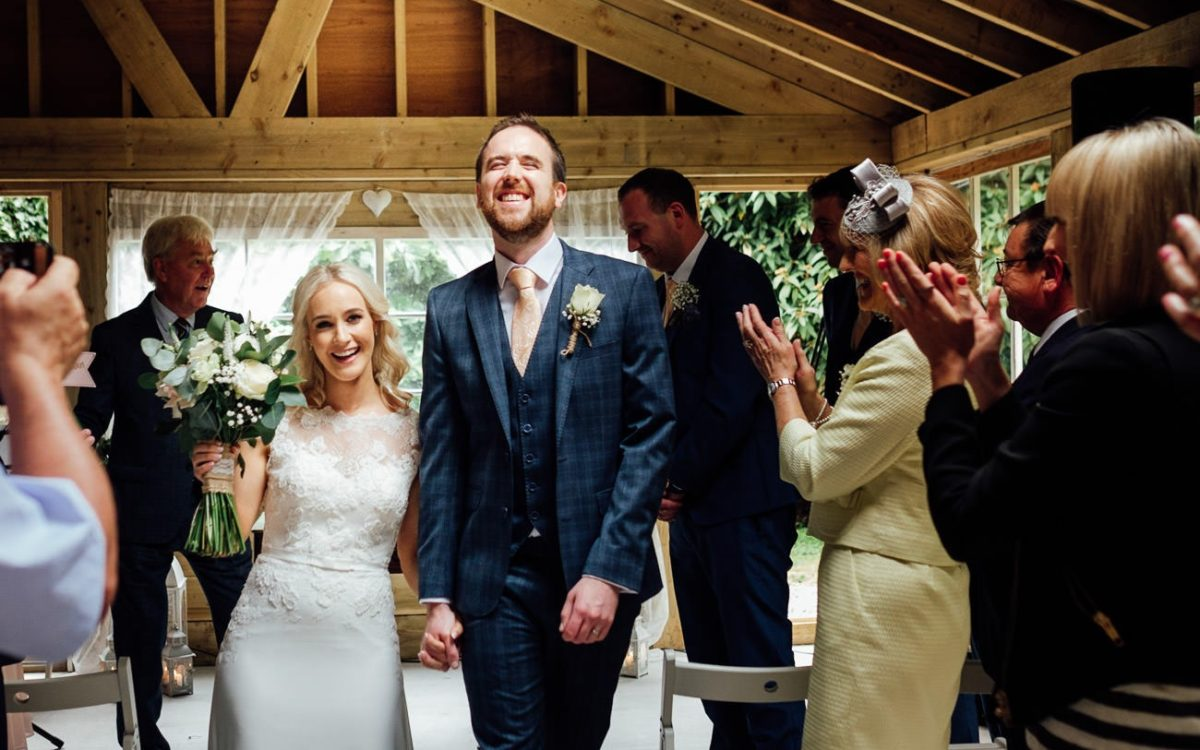 TRUDDER LODGE WEDDING - SANDRA & ANDREW